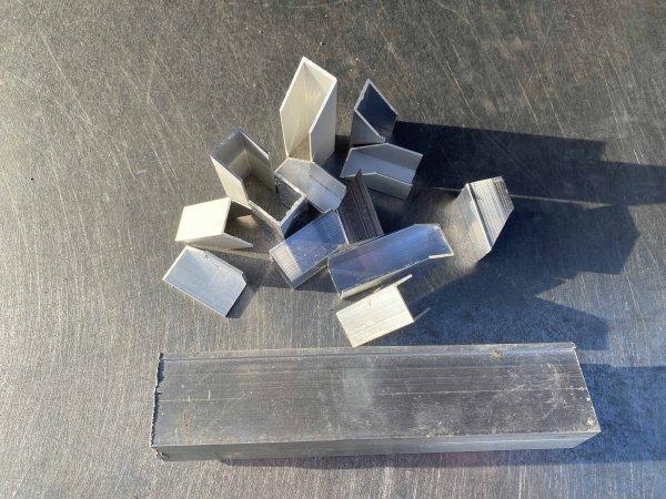 Metallschrott verkaufen: wie Alu Profile blank - ganz einfach!